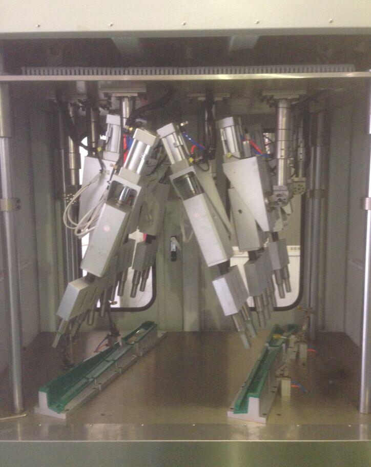 汽车A柱塑料件超声波拼合焊接机