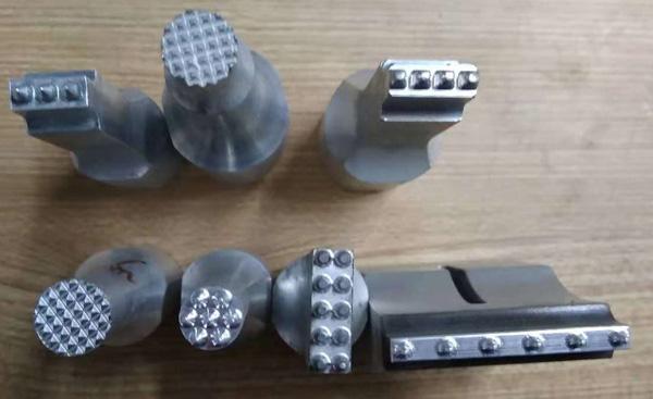 超声波穿刺焊接模具