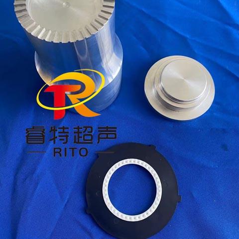 滤清器与无纺布棉毡超声波出齿塑料焊接